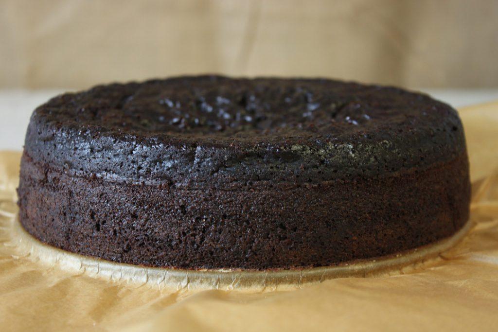 Den Kuchen circa 35 bis 45 Minuten backen