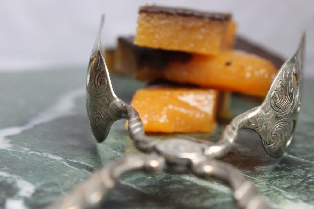 Veganes Quittenbrot passt auch sehr gut zu deftigem Käse
