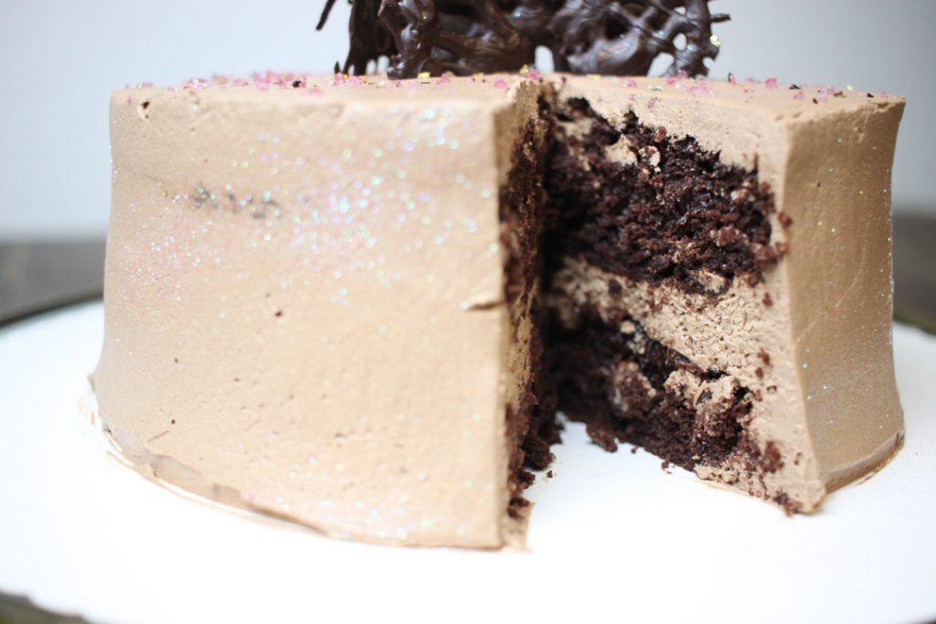Eine Prise Meersalz betont die einzelnen Geschmacksnuancen Eurer Torte