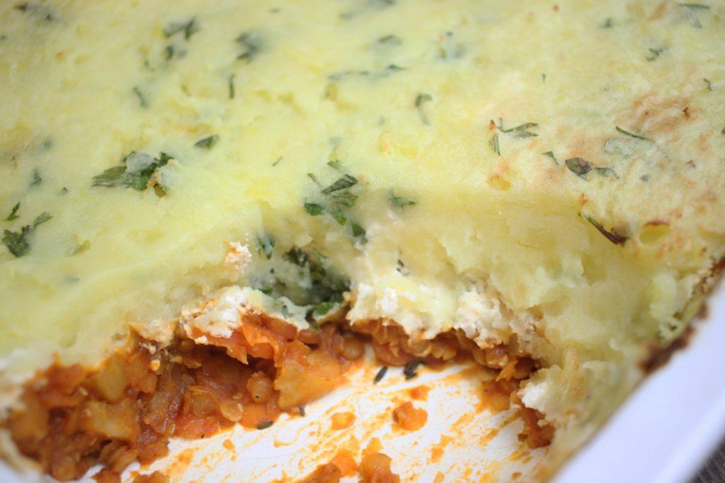 Veganer Shepherd's Pie macht hungrige Mäuler nicht nur satt, sondern glücklich