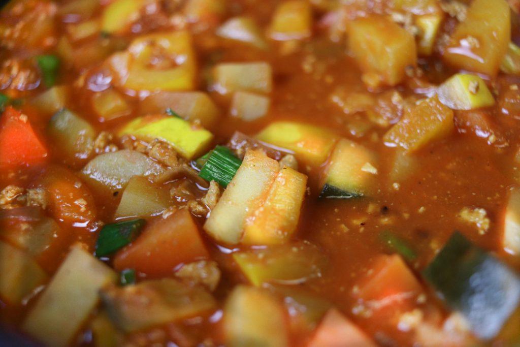 Schnell gemacht und in einem Topf gekocht: glutenfreier und veganer Bauerntopf