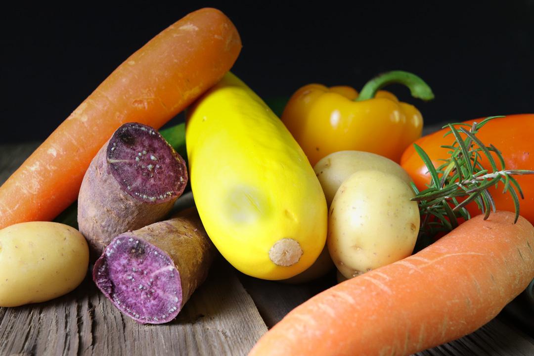 Für Ofengemüse eignen sich verschiedene Gemüsesorten - Ihr habt die Qual der Wahl