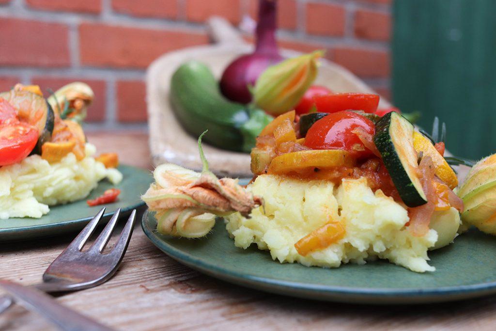 Ein wahrer Sommergenuss und dazu noch glutenfrei und vegan: Ratatouille